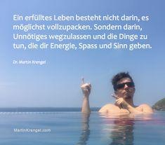 motionssprueche-zitat-zum-leben-einfach-leben-mehr-spass-haben-frei-und-gluecklich-sein-motionspsychologe-dr.-martin-krengel-motivationsspruch-nr-1.png (1422×1252)