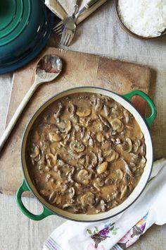 Easy Crockpot Beef and Mushroom Stew Recipe