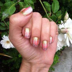 Way to make a gel manicure last longer glitter nail polish ombre nail art DIY