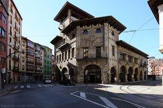 La Gare #Atxuri de #Bilbao, dans #CascoViejo #PaysBasque #Basque #Euskadi #Espagne #Espana #Spain #Architecture