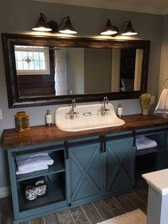 I absolutely love this barn door bathroom vanity! Perfect to bring some rustic charm into your bathroom! Primitive Bathrooms, Interior Barn Doors, Home Design, Interior Design, Layout Design, Design Ideas, Home Decor, Bathroom Vanities, Bathroom Ideas