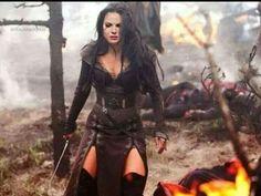 Bridget Regan: Legend of the Seeker Warrior Girl, Fantasy Warrior, Warrior Princess, Warrior Outfit, Bridget Regan, Larp, Costume Design, Female Characters, Outfits