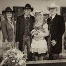 Das Brautpaar mit Trauzeugen Betty, Mario & Lilly, Günter