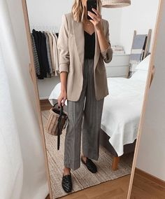 November 03 2019 at fashion-inspo Business Casual Outfits, Office Outfits, Fall Outfits, Chic Office Outfit, Office Style, Summer Outfits, Workwear Fashion, Office Fashion, Fashion Outfits