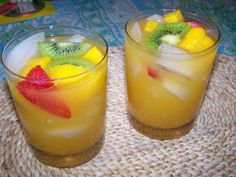 Oh So Delish Costa Rican Tropical Punch: So very easy to make and delish to… Pineapple Punch, Canned Pineapple, Party Drinks, Fun Drinks, Alcoholic Beverages, Alcoholic Punch, Cocktails, Tropical Punch Recipe, Cold Snacks