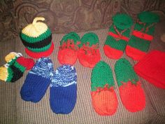 2012 Christmas project..Slippers and Hats..