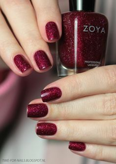 Zoya #nailpolish in Blaze <3