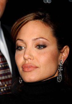 "Angelina Jolie - 'Beyond Borders"" premiere @ Ziegfeld Theater, NYC, October 2003"