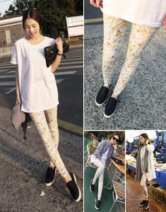 Today's Hot Pick :Floral Pull-On Pants http://fashionstylep.com/SFSELFAA0021727/bagazimurien/out Amp up a plain top with these floral pull-on pants. The ease and comfort you get when you wear these pants can be justified by the colorful floral pattern, creating a balance between style and comfort. They fit tightly for a skinny style and reach the ankles. You can wear a simple shirt with them and a pair of slip-ons for a simple but chic casual outfit. -Pull-on -Mid-rise -Tight fit -Skinny ...
