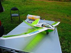 Rc Model Aircraft, Model Airplanes, Radio Control, Gliders, Cool Toys, Sun Lounger, Boats, Hobbies, Engineering
