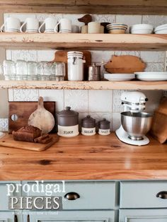 Farmhouse Style Kitchen with DIY decor by Larissa of Prodigal Pieces Farmhouse Kitchen Canisters, Farmhouse Style Kitchen, Farmhouse Chic, Country Farmhouse, Vintage Pantry, Vintage Kitchen, Cosy House, Kitchen Hardware, Wood Countertops