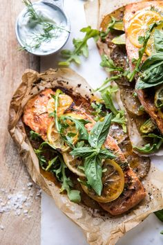 baked fish recipes - Parchment Baked Lemon Salmon and Potatoes with Dill Yogurt Baked Salmon Recipes, Fish Recipes, Seafood Recipes, Cooking Recipes, Healthy Recipes, Cooking Food, Cooking Games, Cooking Ribs, Cod Recipes