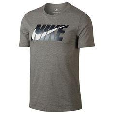 Stay comfy wearing this men's Nike tee. Nike Mens Shirts, Nike Clothes Mens, Shirt Label, T Shirt, Tomboy Fashion, Mens Fashion, Camisa Nike, Nike Outfits, Graphic Tees