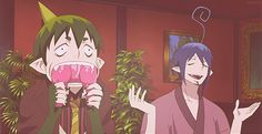 My favourite gif!! It really shows mephisto's inner otaku!  Amaimon chews on game controller