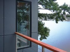 Hardie reveal flashing livemodern your best modern for Modern house siding solutions