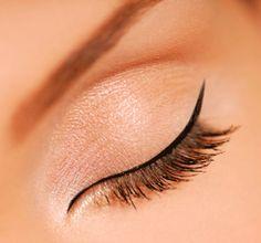 ideal eyeliner application