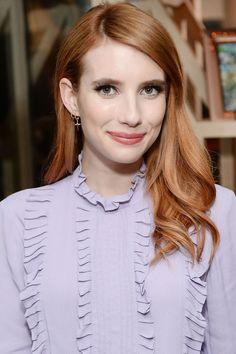 Emma Roberts Dyed Her Hair the Prettiest Shade of Rose Gold (Warm Rose Gold Hair) Spring Hairstyles, Cool Hairstyles, Look Rose, Shades Of Red Hair, Girl Hair Colors, Pretty Hair Color, Hair Colour, Hair Styles 2016, Hair Transformation