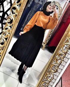 Hijab work outfits to get ready for meetings Abaya Fashion, Muslim Fashion, Modest Fashion, Fashion Outfits, Casual Hijab Outfit, Hijab Chic, Modest Dresses, Modest Outfits, Work Outfits