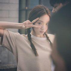 sung kyung Korean Actresses, Korean Actors, Actors & Actresses, Jong Hyuk, Ahn Hyo Seop, Swag Couples, Lee Sung Kyung, Girl Korea, Weightlifting Fairy Kim Bok Joo