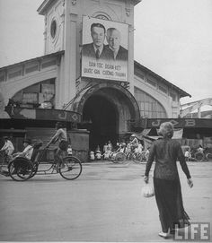 7-1948 French propaganda poster hanging on building, in French Indo China. Saigon by VIETNAM History in Pictures (up to 1954), via Flickr