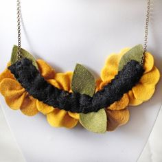 Mustard Yellow Poppy Necklace, Statement Necklace with Felt Poppies and Glass Pearls, Flower Jewellery Textile Jewelry, Fabric Jewelry, Felt Flowers, Fabric Flowers, Yellow Flowers, Fabric Flower Necklace, Felt Necklace, Harry Winston, Handmade Jewelry Designs