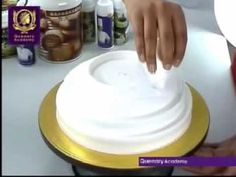 Quenary Academy Cake Art : Whoa! I need to learn to do this :) Quenary Academy - Clay ...