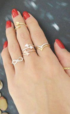 Layered arrow rings