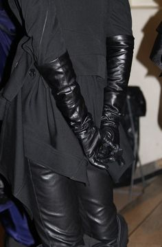 Black Leather Gloves, Leather Accessories, Leather Pants, Real Leather, Chastity Cage, Alexander Mcqueen, Long Gloves, Black Party, Leather Fashion