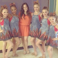 Spoiler Aldc group dance playing with matches Dance Moms Costumes, Dance Moms Dancers, Dance Mums, Dance Moms Girls, Dance Outfits, Watch Dance Moms, Dance Moms Funny, Group Dance, Show Dance