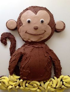 idea for a monkey birthday cake with chocolate icing decoratio … - Quick and Easy Recipes Monkey Birthday Cakes, Monkey Birthday Parties, 1st Birthday Cakes, Monkey Cakes, Birthday Ideas, Boy Cakes, Birthday Desserts, Fun Desserts, Chocolate Icing