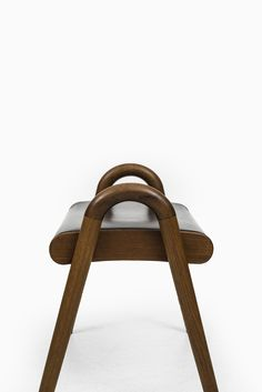 Vilhelm Lauritzen stool by Fritz Hansen at Studio Schalling