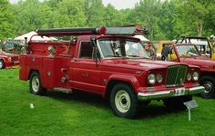1963 Kaiser-Jeep Gladiator Fire truck
