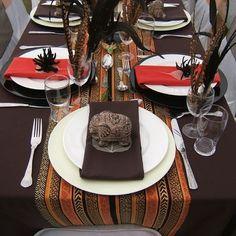 "Flo Jean 's african wedding decor table settings Photo. Pinned in ""Kwanzaa Karamu"" . See the bigger picture! African Wedding Theme, African Theme, African Weddings, Nigerian Weddings, African Style, African Interior, African Home Decor, Deco Buffet, Traditional Wedding Decor"
