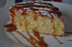 Mélanger le beurre fondu avec le sucre, la farine la noix de coco et la levure chimique. - Recette Dessert : Gâteau moelleux à la noix de coco par Asmaa86