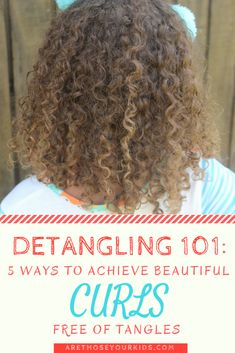 If you were blessed with a head of curly hair, detangling can be a major ordeal. Here are five guaranteed ways to get rid of the knots. Curly Hair Routine, Curly Hair Tips, Curly Hair Care, Curly Hair Styles, Biracial Hair Care, Natural Hair Regimen, Natural Hair Tips, Natural Hair Journey, Natural Hair Styles