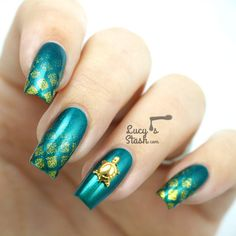 love the turquoise and gold...not so much of a fan of the turtle but each to their own