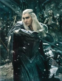 Oh my goodness. I haven't exactly been a fan of Thranduil, but these pictures of the third movie show him as absolutely awesome!