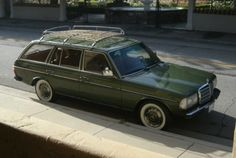 1980 Mercedes Benz 300D Station Wagon For Sale Front