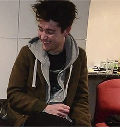 idk if I've posted this before, but can we all just take a second to appreciate drunk/laughing Dan? :)