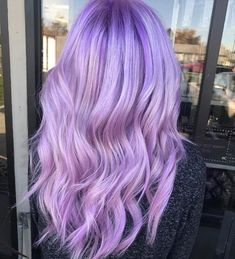 Sometimes I wish I could pull something like this off. Are you looking for unique hair color ideas for winter and spring? See our collection full of unique hair color ideas for winter and spring and get inspired!