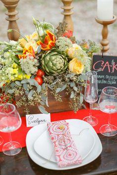vegetable centerpiece + patterned napkins | Conrhod Zonio #wedding