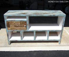 Build a Changing Table Diy Furniture Tv Stand, Playroom Furniture, Diy Outdoor Furniture, Diy Furniture Plans, Diy Wooden Shelves, Diy Storage Shelves, Wooden Diy, Barn Door Console, Console Table