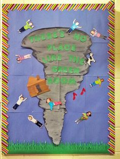 Spring Door Decorations House Bulletin Boards Ideas For 2019 Weather Bulletin Board, Preschool Bulletin Boards, Bullentin Boards, Classroom Door, Classroom Themes, Preschool Weather, All About Me Preschool, Board Decoration, Class Decoration