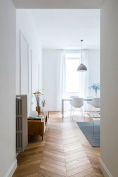 Casa Pietrina, Rome by Filippo Bombace Small Space Interior Design, Interior Design Living Room, Home Living Room, Living Spaces, Casa Milano, Natural Home Decor, Elegant Homes, Apartment Design, Bars For Home