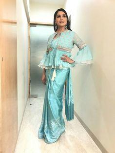 Honourable Madhuri Dixit Turquoise Blue Sana Silk Fancy Work With Tiptop Saree in 2020 Saree Jacket Designs, Stylish Blouse Design, Saree Blouse Patterns, Fancy Blouse Designs, Blouse Neck Designs, Latest Blouse Designs, Indian Designer Outfits, Indian Outfits, Saree Jackets