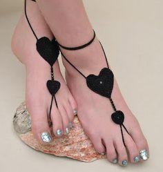 Pulseras para lucir este verano unos pies bonitos en la playa.........