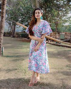 Maxi Dresses, Cotton Dresses, Short Sleeve Dresses, Summer Dresses, White Frock, White Dress, Western Outfits, Western Wear, Women Salwar Suit