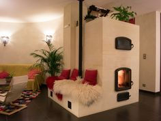 Compact Pizza Ovens for Home Kitchens and Backyards Adobe Haus, Rocket Stove Design, Stair Shelves, Rustic Kitchen Design, Built In Ovens, Rocket Stoves, Wood Interiors, Home Hacks, My Dream Home