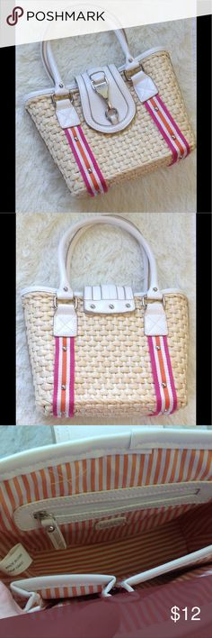 """Chaps Woven Summer Beach Purse Chaps * Great Used Condition * Measures 8.5"""" Tall X 10"""" Wide * Big open compartment with side zipper pocket and two side pocket * Magnetic snap closure Chaps Bags Shoulder Bags"""