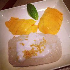 mango & sticky rice @Honey Thai